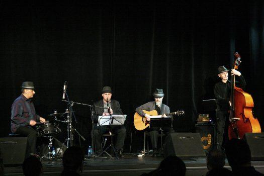 Cafe Jazz Trio w kwartecie
