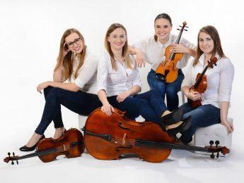 "Strings Girls Band ""Cztery pory roku"""